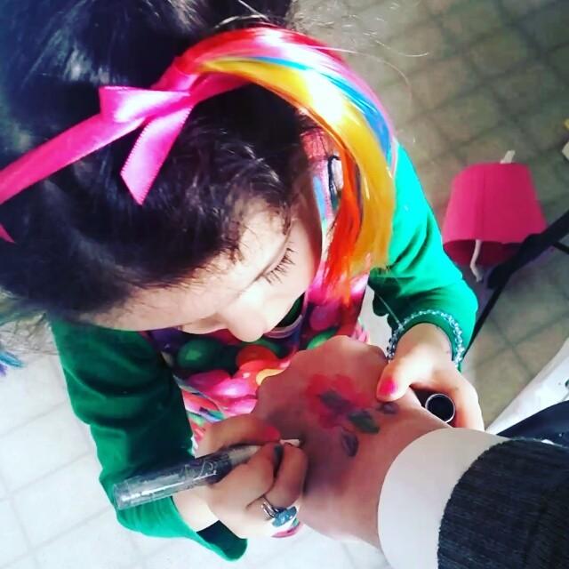 Birthday #tattoo artist practising her craft.