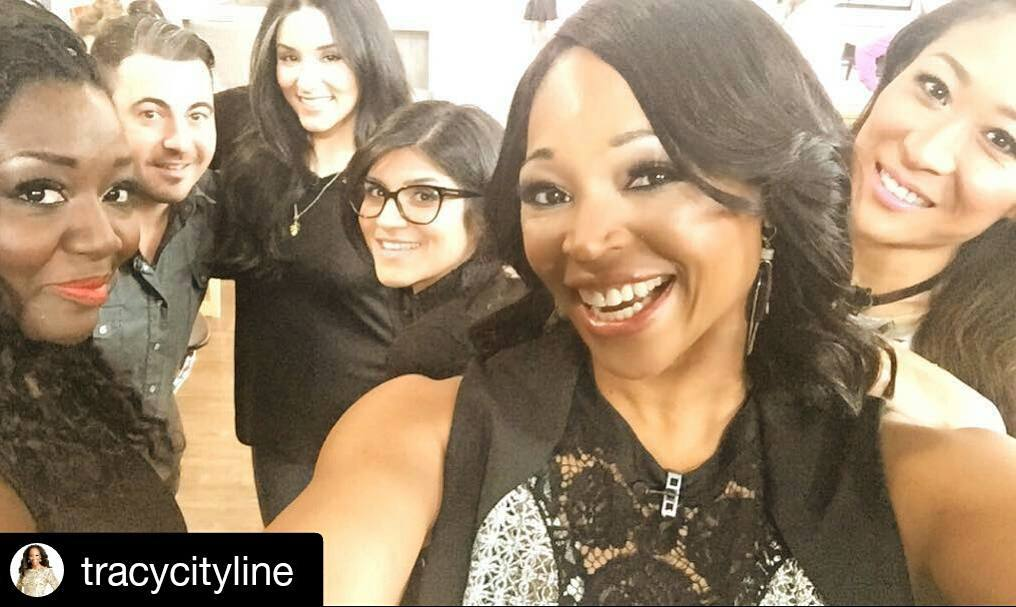 3 mins left to tune into @citylineca for a #MakeoverMadness you wont forget! This entire team ='s the best way to start your Tuesday!