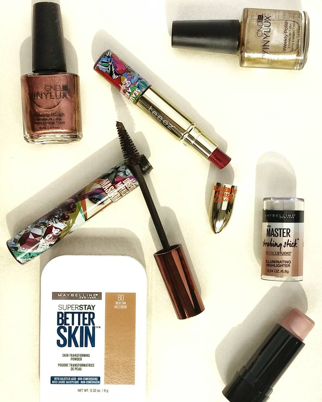The weather might not be sayin' it but summer is winding down, which would be sad if it wasn't for FALL makeup!!