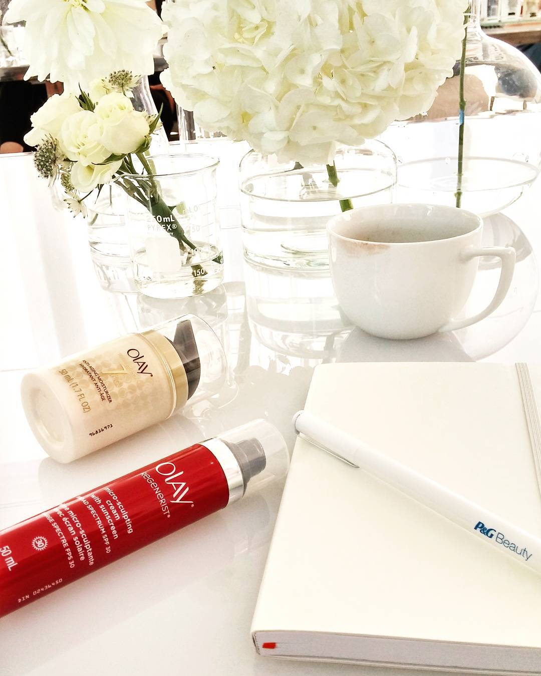 Back-To-School with @olay's skin care academy! Learning all abt skin testing, the role genes actually play & innovative ingredients all to help launch the new #Olay skinadvisor! Visit skinadvisor.olay.com to learn your skin age, diagnose trouble areas & more!